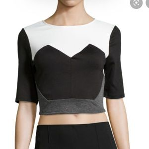 Romeo and Juliet Couture Colorblock Crop Top